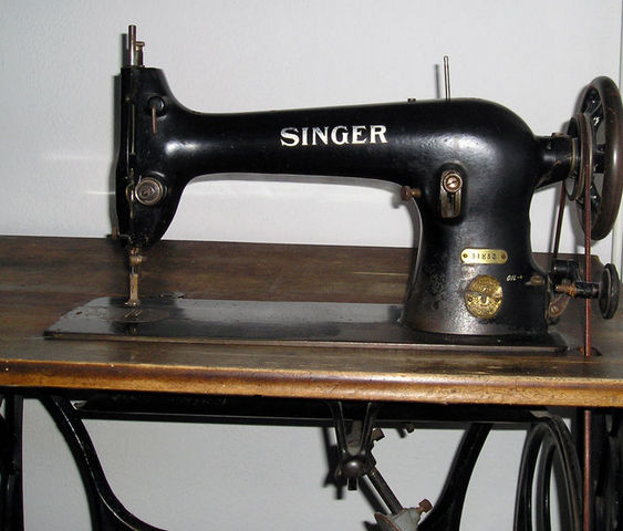 Isaac Singer transforms the Sewing Machine