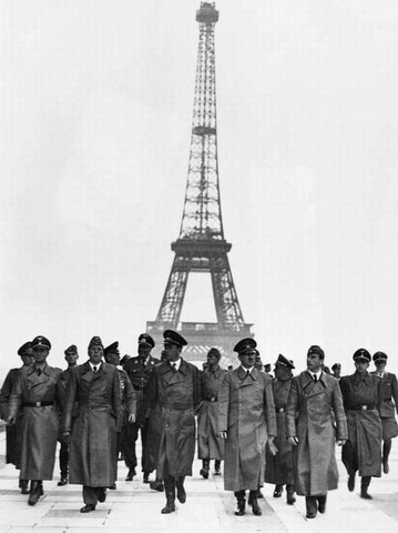 Eiffel Tower is closed for WWII.