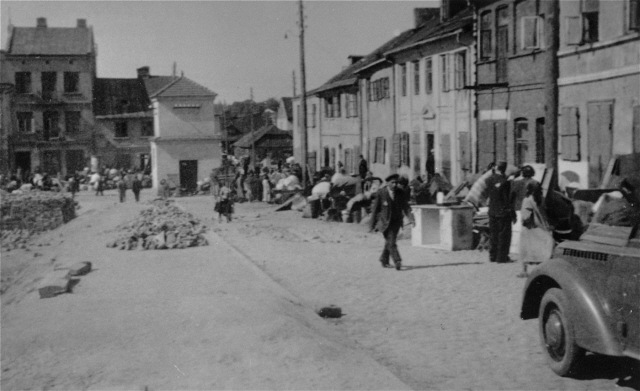 German Jews are evivted from their homes and forced into ghettos