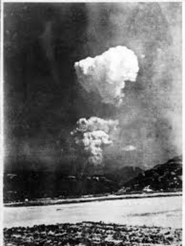 truman right drop atomic bomb japan At the time of the decision to use the atomic bomb against japan, the allies had made only scant progress toward driving the japanese northward the battle for guadalcanal had just ended, and japanese forces still controlled much of new guinea and most of the solomons, while the us navy was recovering from its carrier losses at coral sea.