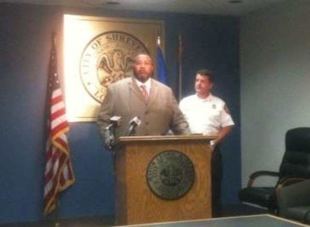 Mayor, fire chief address firefighter arrests