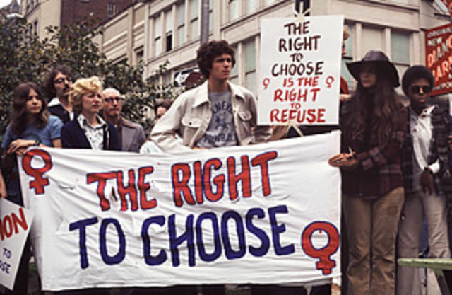 an essay on roe v wade and the rights of women
