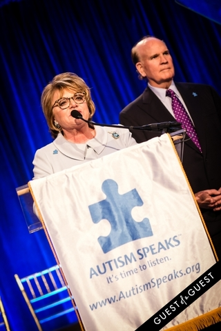 Bob Wright forms Autism Speaks