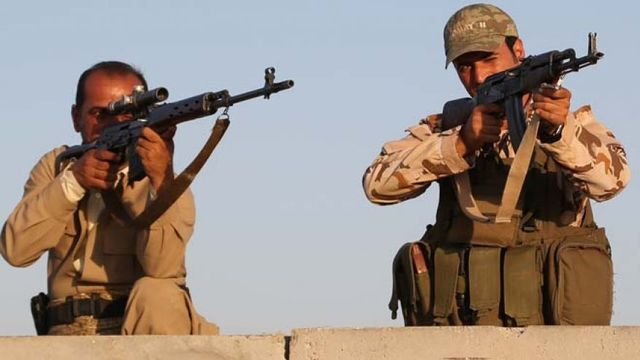 Kjurdish fighters battle equipment woes as well as ISIS in northern Iraq