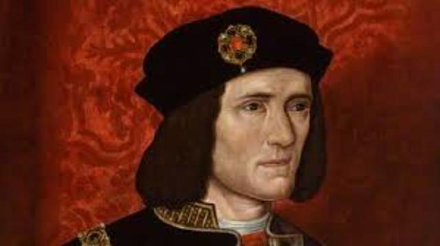 Richard III is killed in battle