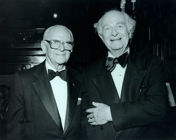 Emile Zuckerkandl and Linus Pauling's molecular clock hypothesis