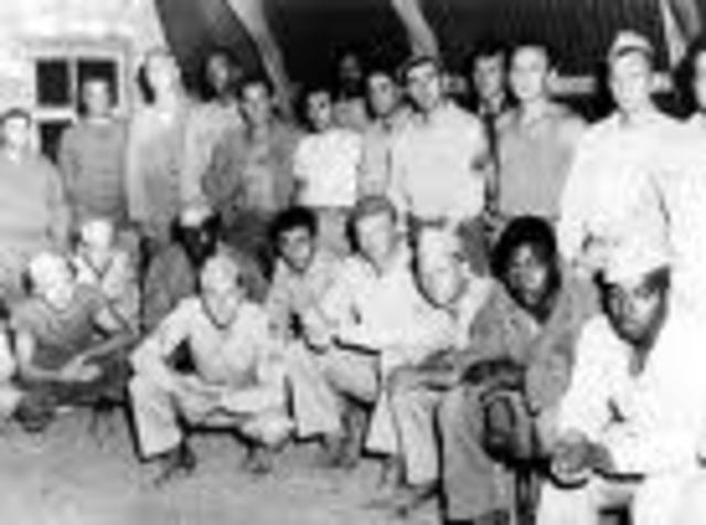 (5) Executive order 9981 ends segregation in the military