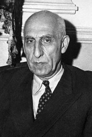 US overthrows Iranian Prime Minister Mosaddiq