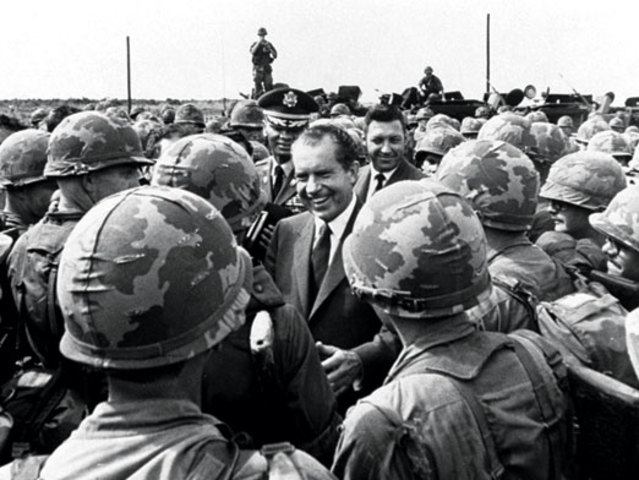 an evaluation of richard nixons handling of the vietnam war