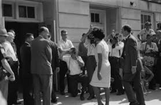 Desegregation of University of Alabama