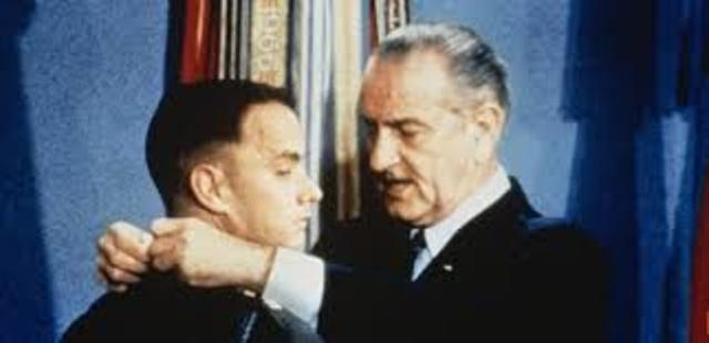 Forrest Receives Medal of Honor