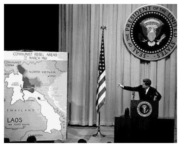 americas involvement in vietnam war essay Us involvement in vietnam increased markedly in the first years of the cold war,  as washington sought to contain the growth of communism in south east asia.