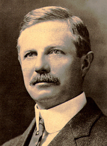 frederick jackson turner Frederick jackson turner, 1861–1932, american historian, b portage, wis he taught at the univ of wisconsin from 1885 to 1910 except for a year spent in.