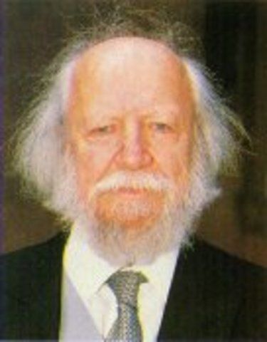 william golding essays Lord of the flies study guide contains a biography of william golding, literature essays, quiz questions, major themes, characters, and a full summary and analysis.
