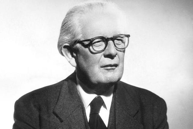 jean piaget by mjeanibay Jean piaget's theories impact learning in many different ways, but keeping in mind the curriculum you are teaching, as well as how you are teaching it, directly applies to the essentials of child development.