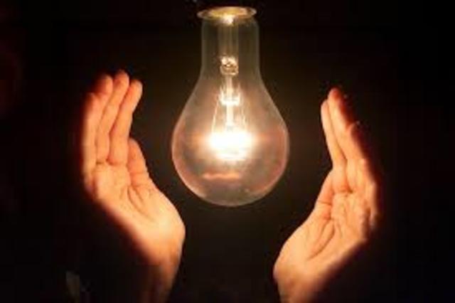 La historia de la luz electrica timeline timetoast timelines - Luz pulsada en casa ...