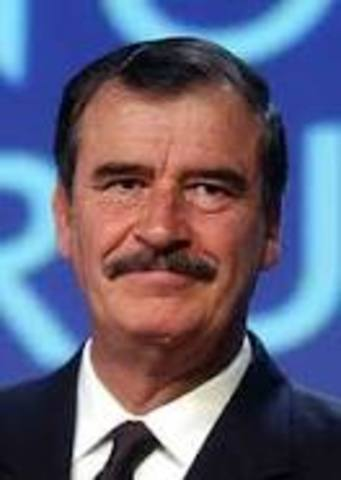 Vicente Fox es presidente con el PAN