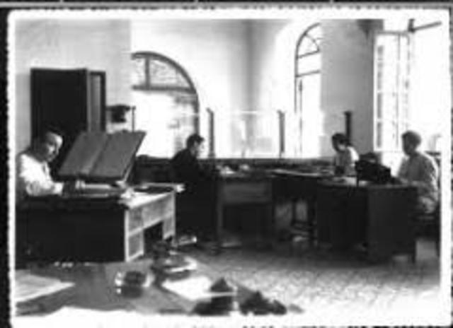 El origen y la evoluci n de las tic timeline timetoast for Origen de la oficina