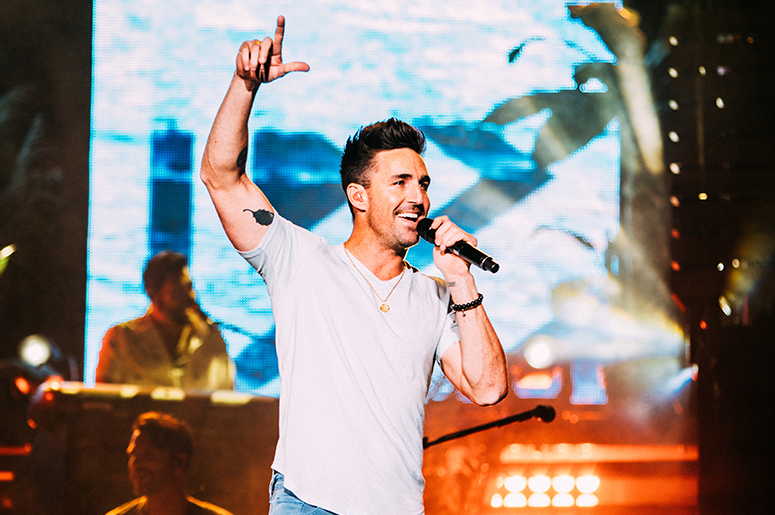 Jake Owen Cue to Call Contest