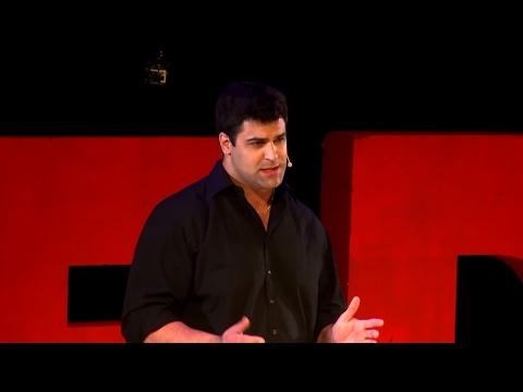 Una moto eléctrica que vas a desear | Guillermo Gebhart | TEDxRosario thumbnail