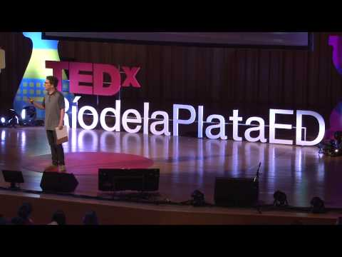 TEDxperiments: Creando conocimiento científico en TEDx | Gerry Garbulsky | TEDxRiodelaPlataED thumbnail