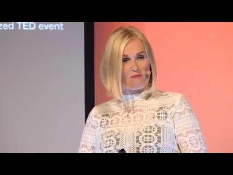 Kaverikioski - leikkikaveri ihan jokaiselle | Rita Kannisto | TEDxOtaniemi thumbnail