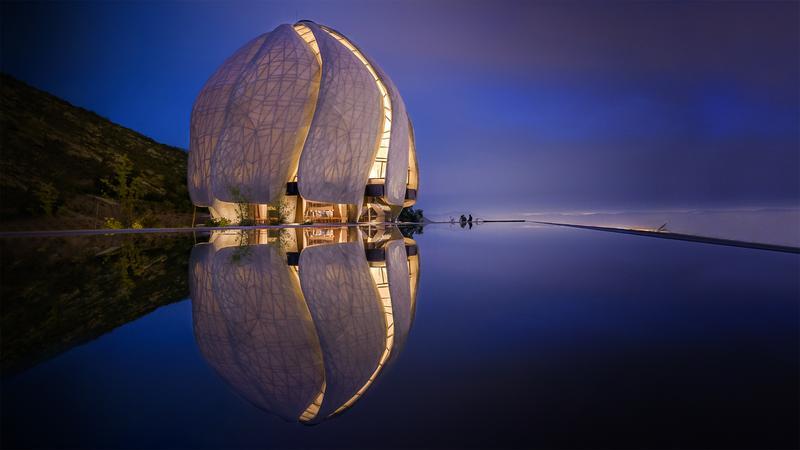 Siamak Hariri: How do you build a sacred space? thumbnail