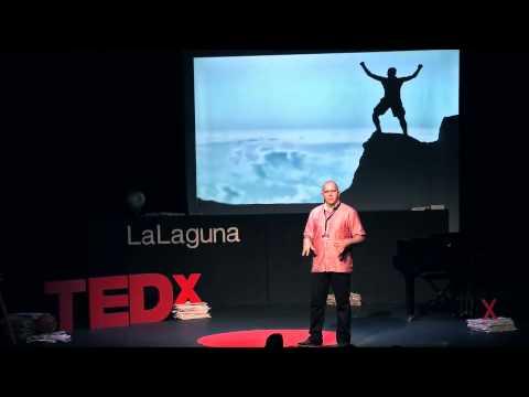 Software libre, más allá del software | Agustín Benito | TEDxLaLaguna thumbnail
