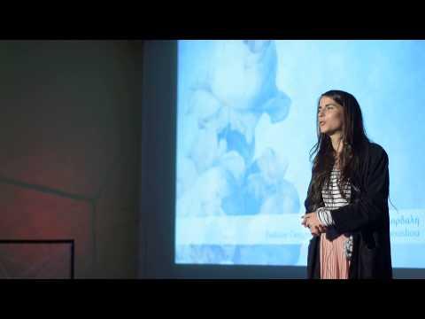 Κόκκινη κλωστή δεμένη σε ένα φιόγκο τυλιγμένη | Elina Kordali | TEDxUPatras thumbnail