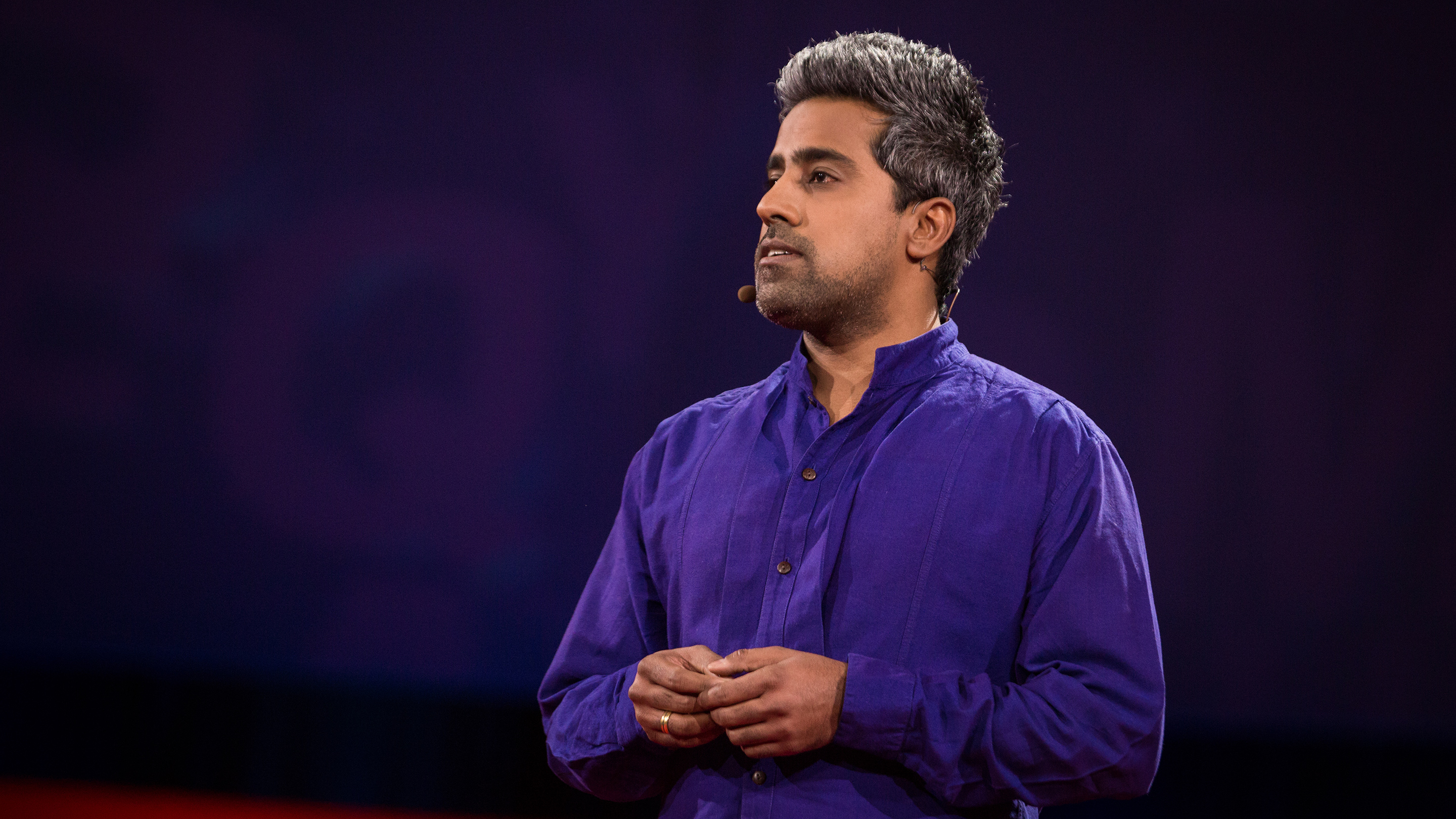 Anand Giridharadas: A tale of two Americas. And the mini-mart where they collided thumbnail