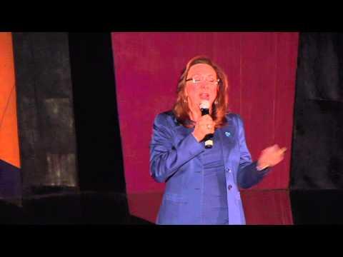 La trata de personas, un asunto de todos | Rosi Orozco | TEDxDelValle thumbnail