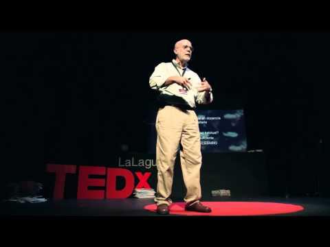 Enseñar a pescar, en vez de regalar pescados | Luis López | TEDxLaLaguna thumbnail