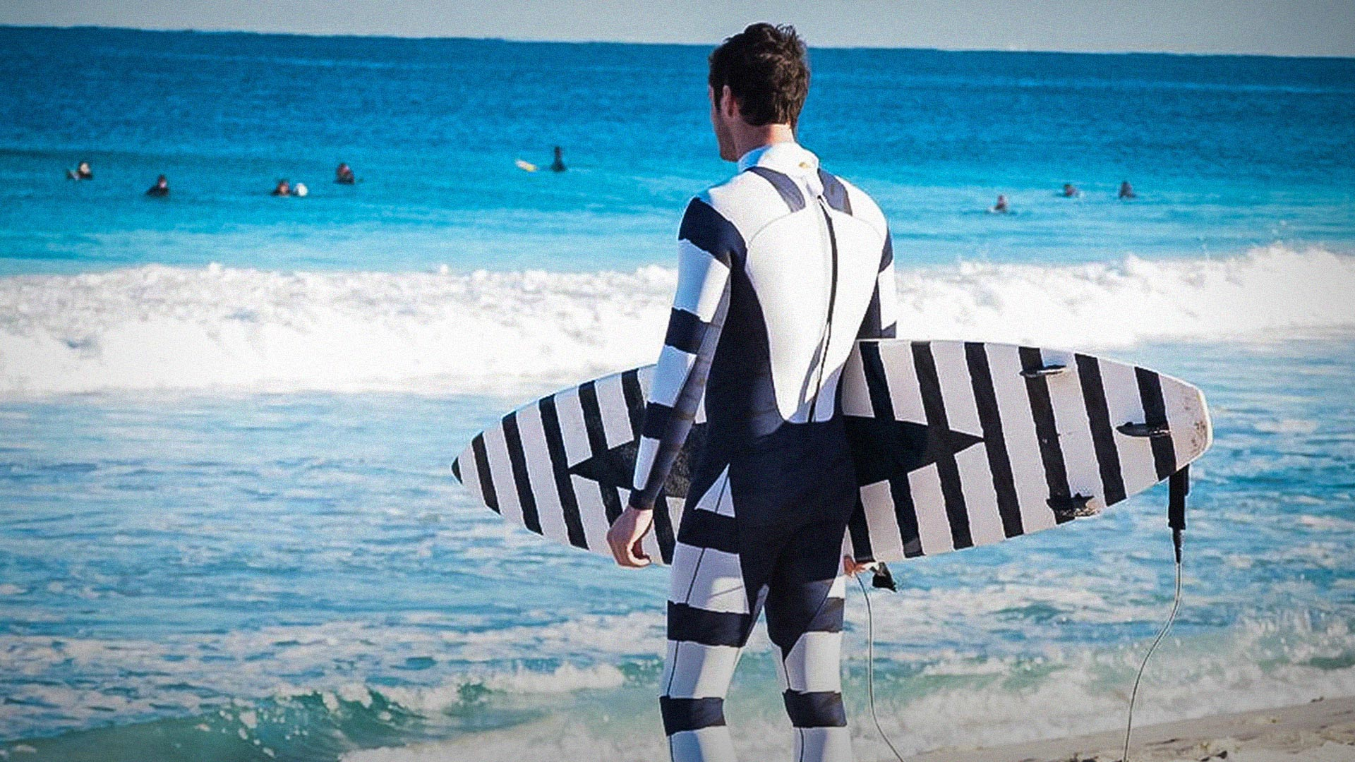 Hamish Jolly: A shark-deterrent wetsuit (and it's not what you think) thumbnail