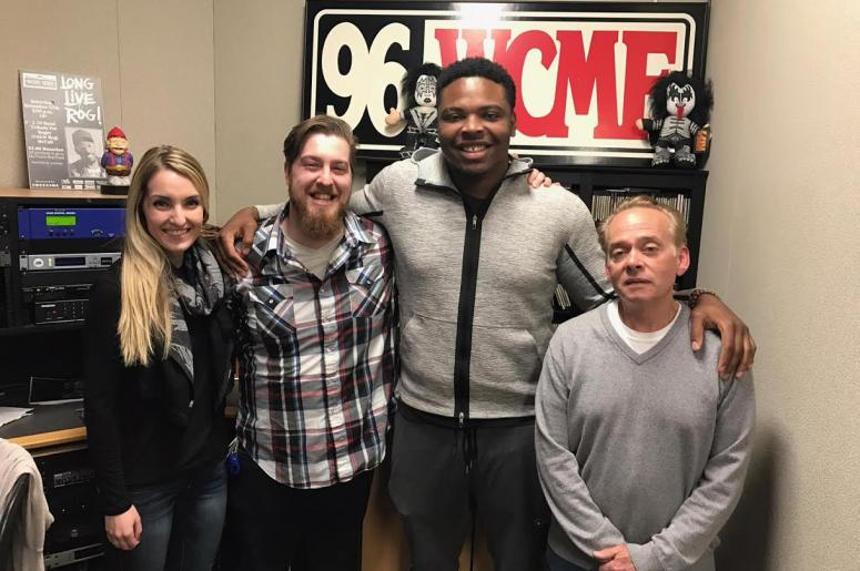 Break Room Buddy Jarron Jones Signs With Giants | 96.5 WCMF