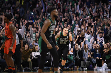 Celtics celebrate Al Horford's buzzer beater.