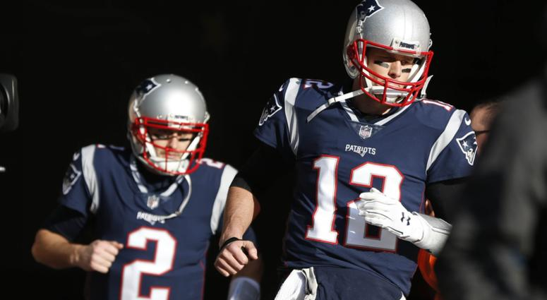 Tom Brady on K&C gives more details on right hand injury: 'It was pretty stressful'