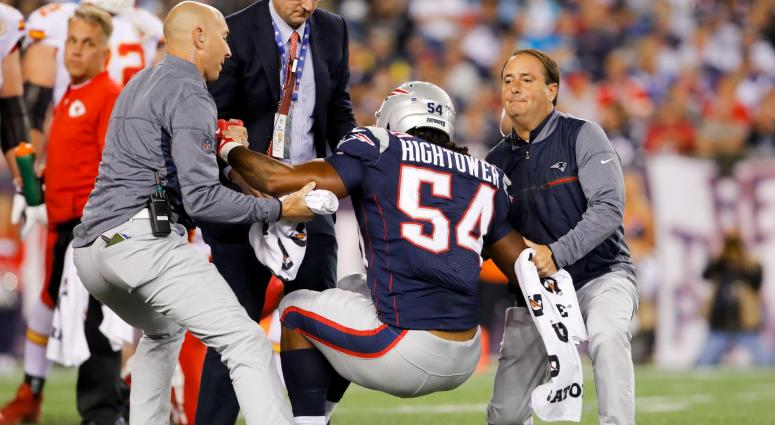 Dont'a Hightower: I am ahead of schedule after shoulder surgery