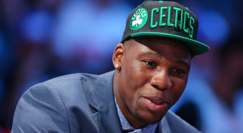 Celtics officially sign Daniel Theis, Guerschon Yabusele