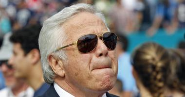 Chiefs DL Tamba Hali calls Robert Kraft a 'murder enabler' for drafting Aaron Hernandez