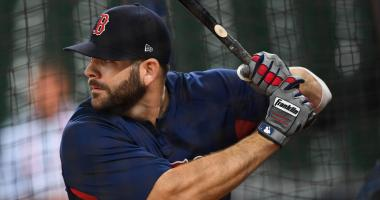 Bradford: Why Mitch Moreland didn't wait around for J.D. Martinez (or any other free agents)