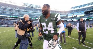 Chiefs sign former Patriots CB Darrelle Revis
