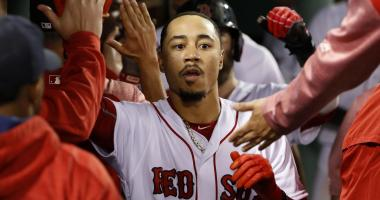 Hottest Play of the Week: Mookie Betts goes yard twice in win over Oakland