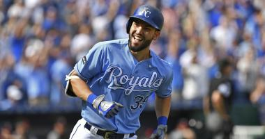 Report: Red Sox 'lurking' on Eric Hosmer, but Padres 'clear-cut favorites'