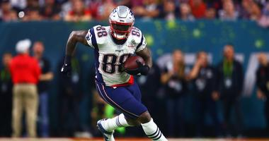 Martellus Bennett (shoulder/hamstring) among 6 Patriots limited Wednesday