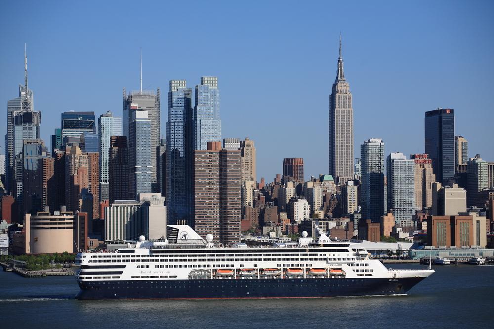 Manhattan skyline_101436868