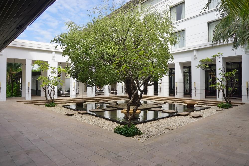 luxury Hotel de la Paix in Siem Reap_363534629