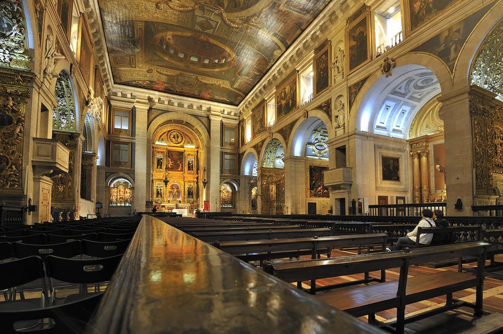 Inside the church Igreja Sao Roque Lisbon, Portugal_94762807