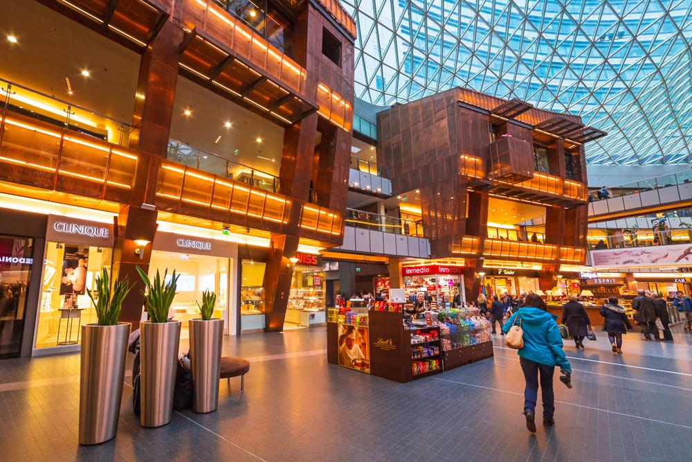 Zlote Tarasy shopping centre in Warsaw_259579970