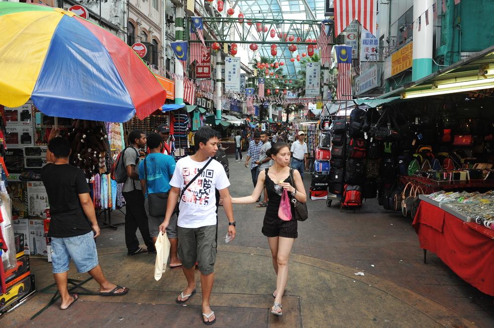 Chinatown street in Kuala Lumpur_156233366