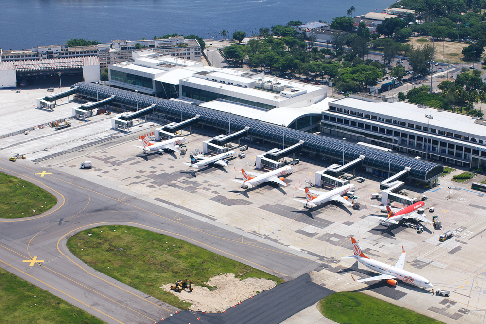 Santos Dumont airport at the shore of Guanabara Bay_224160976